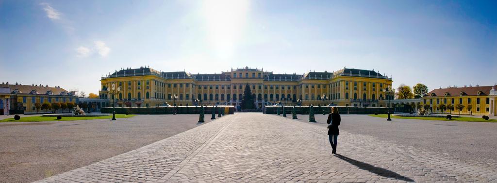 Vienna Half-Day Tour - Schoenbrunn Palace