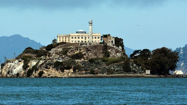 San Francisco Day Tour: Golden Gate Bridge, Alcatraz Island