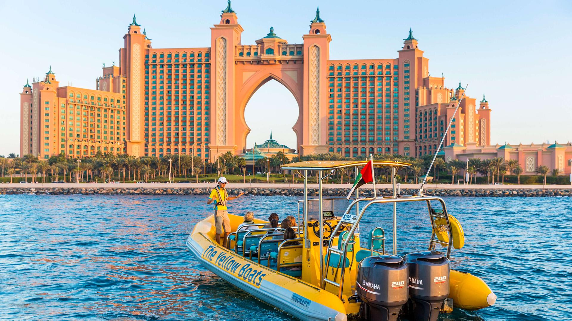 Dubai Speedboat Experience