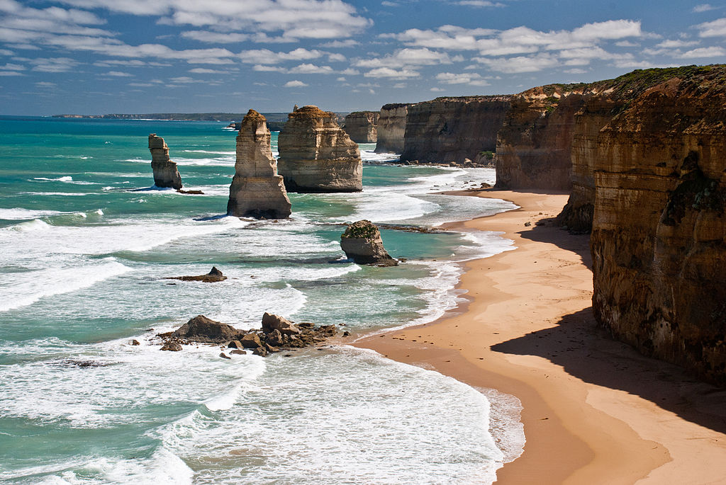 Day Tour from Melbourne: Great Ocean Road Experience