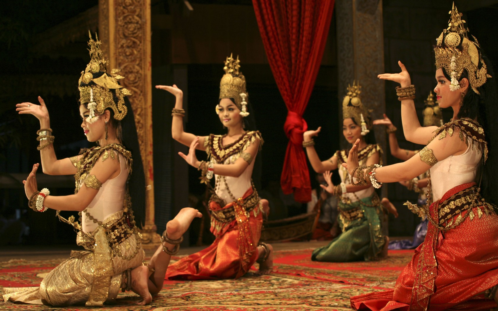Khmer girl perform - 5 8