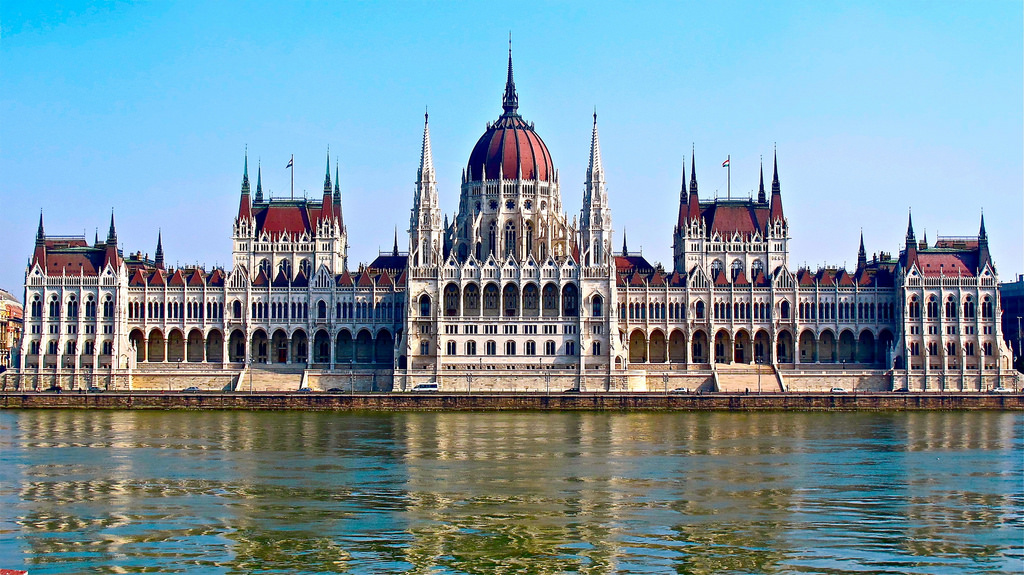 Budapest Danube River Cruise with Coffee