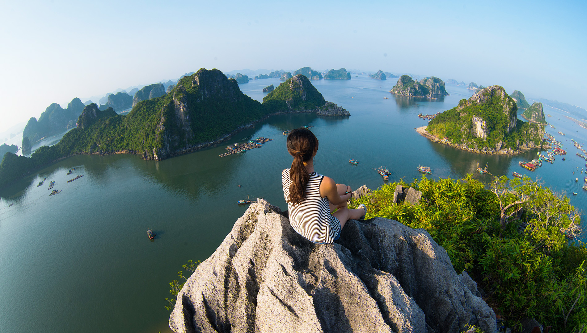 Halong Bay 1 Day: Phoenix Cruise Join-In Tour